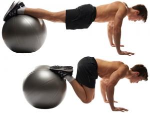 Foldekniv-mageøvelse-på-terapiball